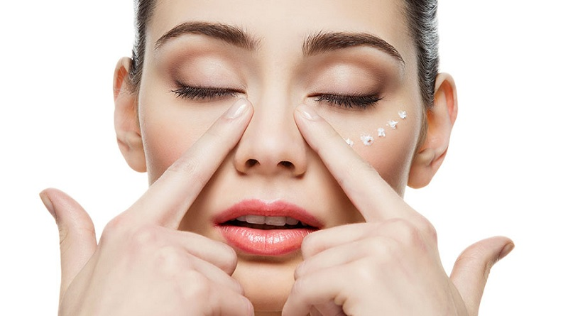How To Remove Wrinkles Around The Eyes?