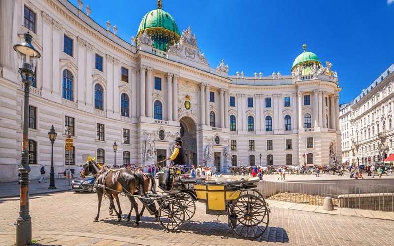 11 essential places you have to attraction in Vienna